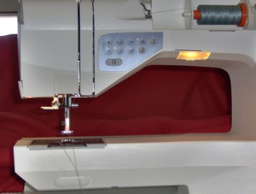 Husqvarna Viking Sapphire 40 Quilt Review Sewing Insight New Sapphire 835 Sewing Machine Review