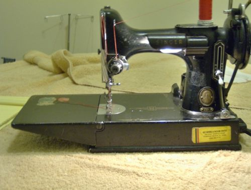 Singer 40 Featherweight Review Sewing Insight Custom Singer Sewing Machine 221 1