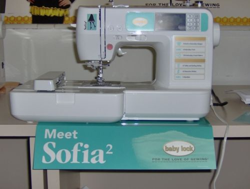 Sofia2 by Baby Lock at a glance