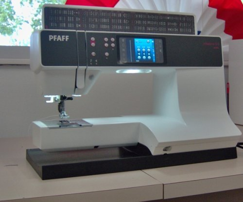 Pfaff Creative 44040 Review Sewing Insight Custom Pfaff Creative 30 Sewing Machine