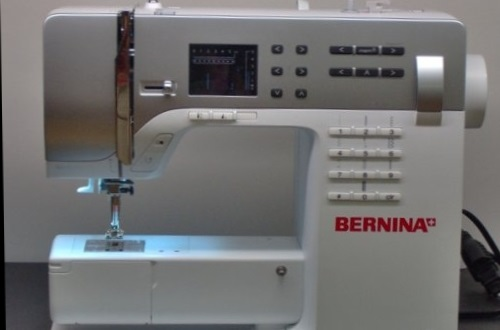 Bernina 330 review sewing insight bernina 330 review fandeluxe Image collections