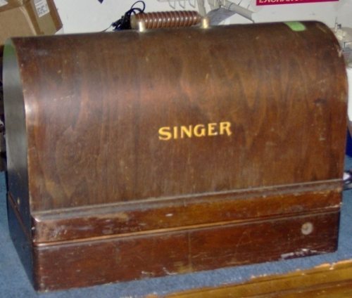 Singer 99 The distinctive wooden case singer 99 review sewing insight Singer Model 15 at gsmx.co