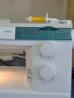 Dial to select the stitch options