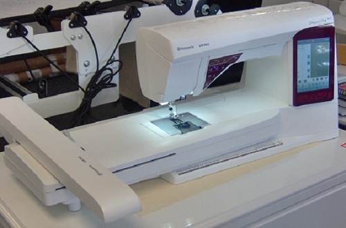 HusqvarnaViking Designer Ruby Royale Review Sewing Insight Beauteous Husqvarna Sewing Machine Reviews