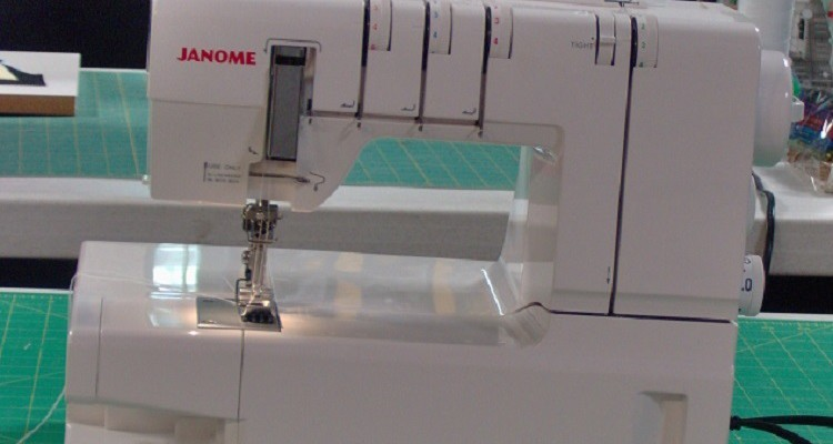 Janome Cover Pro 2000 CPX Review | Sewing Insight